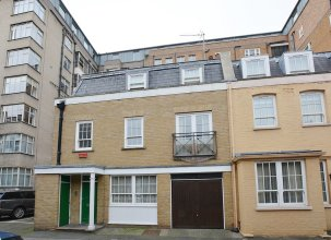 William Mews Townhouse