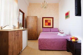 Loui Hotel