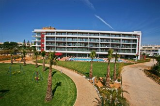 Areias Village Beach Suite Hotel