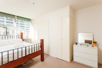 BENJAMIN, 2BDR Melbourne Apartment