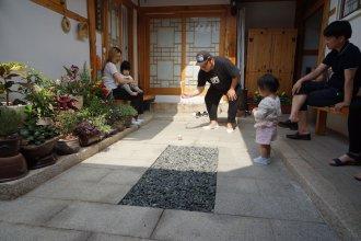 Dowonjeong Healing House