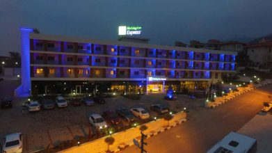 Holiday Inn Express Manisa-West