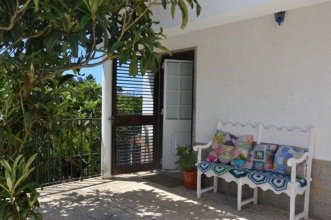 House With 2 Bedrooms in Carvoeira, With Wonderful Mountain View, Encl