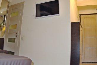 LUXKV Apartment on Sevastopolskiy 7