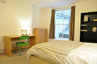 Lovely Spacious Central 3 Bedroom Apartments
