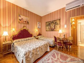 Domus Colosseo Hotel