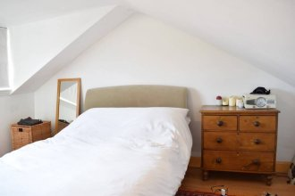 Stylish 2 Bedroom Flat In Finsbury Park