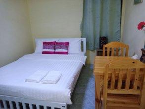 D House Hostel