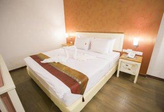 J&Y Hotel Ladprao 35