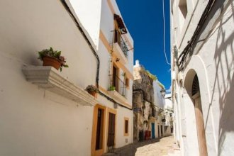 Exclusive Ibiza Old Town Apartment