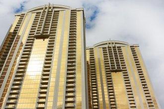 888 Signature Suites Collection at Signature Condo Hotel