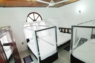2in1 Kandy Hostel Homestay