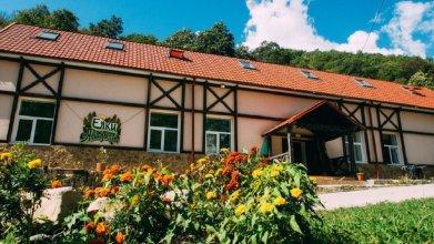 Art-Hotel Yolki