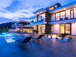 Villa Vogue by Akdenizvillam