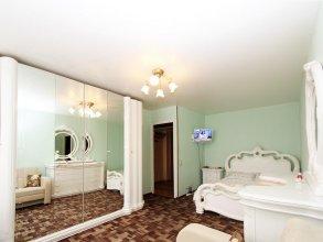 Улучшенные апартаменты «ApartLux Римская»