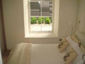 Luxury Quartermile SelfCatering Apartment