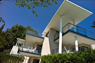 Arthur Properties Montfleury