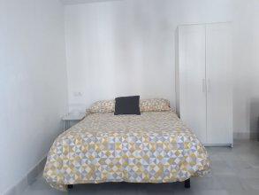 Bonito Apartamento con Solarium en Alameda Hab 201