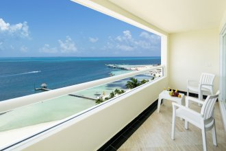 Grand Sens Cancun by Oasis – All Inclusive (Adults Only)