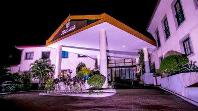 Juanita Hotel