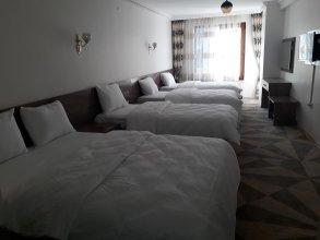 Toprak Hotel