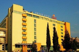 Grand Hotel Oasis - All Inclusive