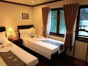 Phoenix Luxury Cruise