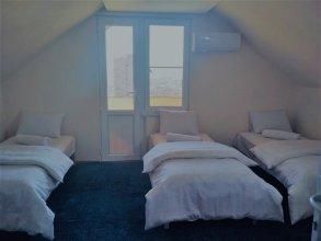 Happy Camper Hostel