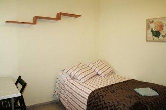 Bed and BCN Baro