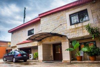 Lamia Inn