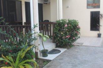 Shalini Garden Hotel & Apartments