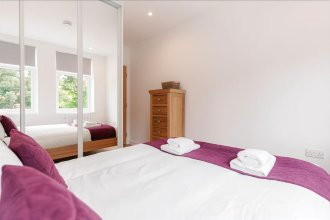 Roomspace Apartments -Swan House