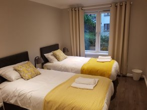 First St John's Hill Apartment 2