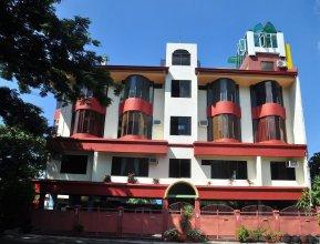 White Mansion Davao Hotel
