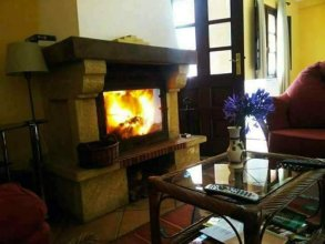House With 2 Bedrooms in Camacha, With Wonderful Mountain View, Furnished Garden and Wifi - 12 km From the Beach