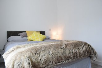 Modern 2 Bedroom Apartment in Balham