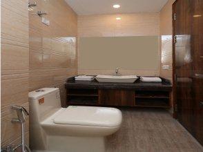 OYO 11690 Hotel Viva Palace