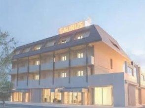 Hotel Saurus