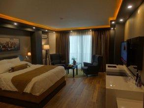Yakamoz Hotel & Restaurant