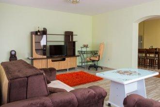 FM Luxury 1-BDR Apartment - Vesela's