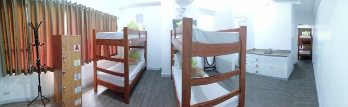 V - Rooms Hostel - Adults Only