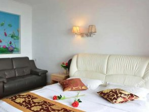 99 Seaview Apartment Hotel