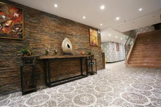 Yijia Nascent State International Service Apartment