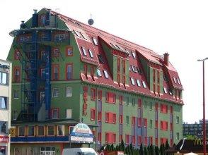 Hotel Pólus