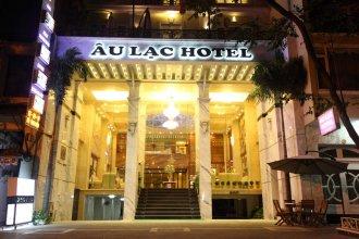 Au Lac II Hotel