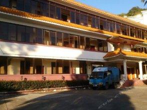 Yueyaquan Hot Spring Hotel