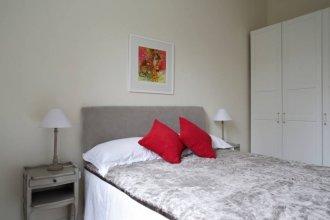 1 Bedroom Flat Near City Centre