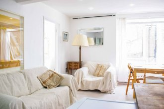Bright & Cosy 2 Bed Apartment in Notting Hill