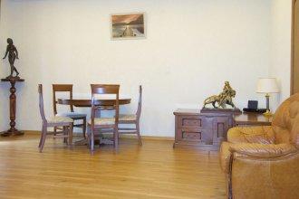 LUXKV Apartment on Panfilovskiy 3