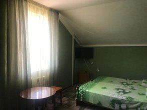 Guest house Klenovaya 19